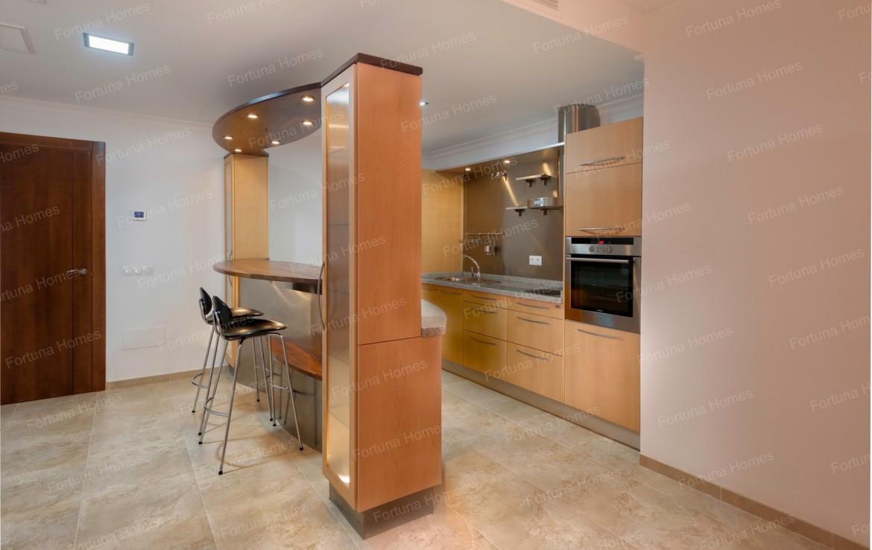 Villa en venta en La Cala Mijas Golf con apartamento para invitados