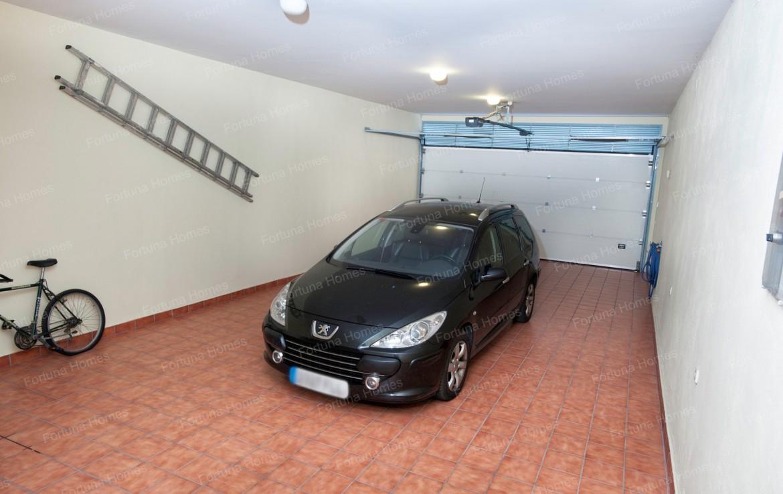 Villa en venta en La Capellanía (Benalmádena) con garaje para 2 coches